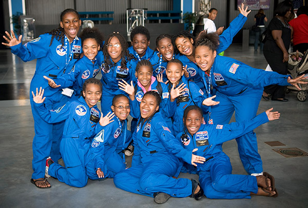 Space-Camp-at-the-US-Space-and-Rocket-Center-south-summer-camps